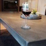 betonnen salontafel